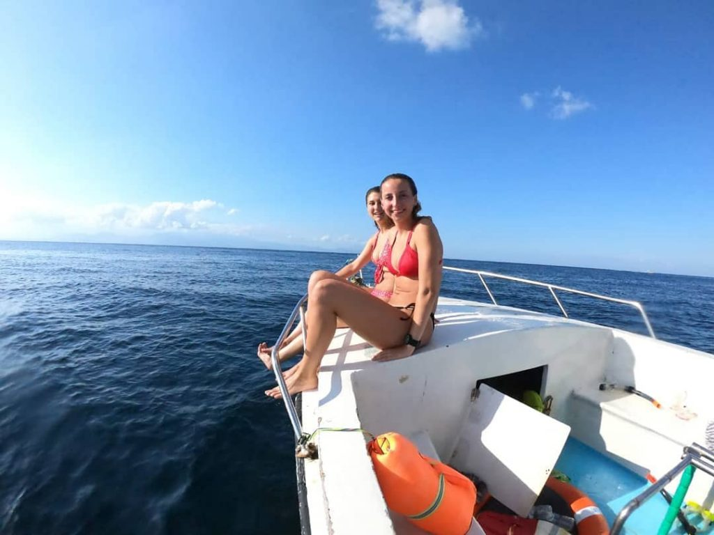 Paket Tour ke Pantai Kelingking Plus Snorkeling